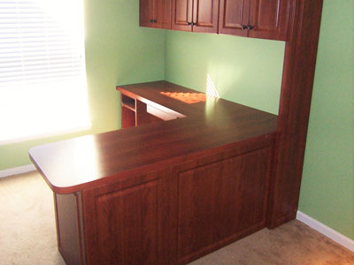 Classic Woodgrain Home Office